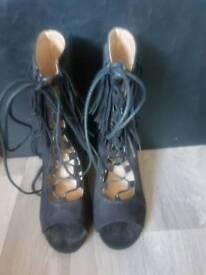 Women's block heel
