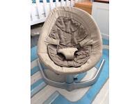 Nuna Leaf Chair