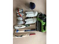 SET OF JUNIOR CRICKET EQUIPMENT FOR COMING SEASON 8-12 YEARS