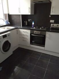 DOUBLE ROOM TO RENT in Bury - All bills included, 5mins to town centre near Fairfield hospital