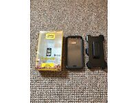 Otterbox Defender Case For A Samsung S7 Edge Comes With A Screen Protector Built On