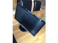 Dell Professional LED 21.5 inch wide screen display. DVI,VGA ST2220L