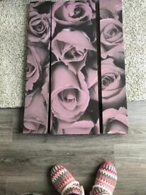 3 canvas picture set. Pink and grey roses