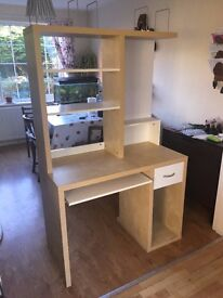 Ikea desk in very good condition with few light scratches