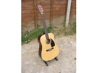 Fender CD-60 NAT-DS-V2 Right Handed 6 Strings Acoustic Guitar