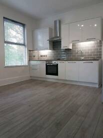 STUNNING 2 BED FLAT SOUTH CROYDON £1100