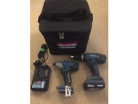 **MAKITA 18V LI-ION COMBI DRILL AND IMPACT DRIVER SET WITH CARRY CASE**