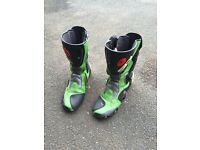 Gents size 10 motorcycle boots