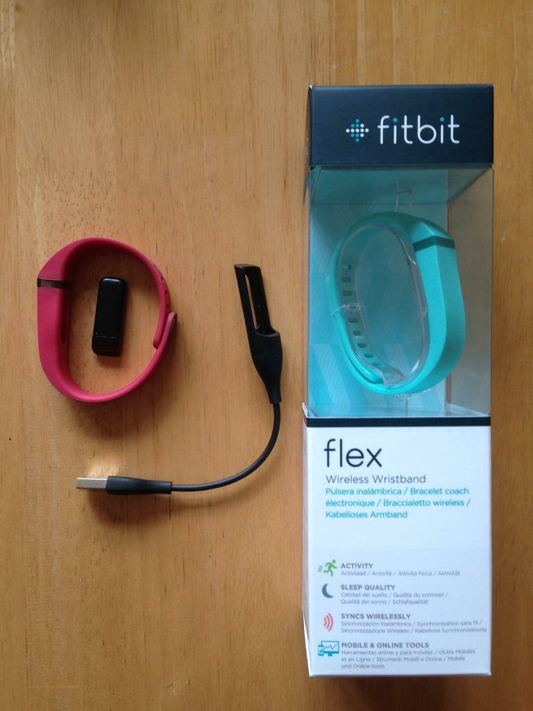FitBit Flex with 2 bands, box, USB charger.