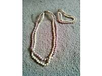 Pearl Design Necklace and Bracelet Set. £5.00. Can Post.