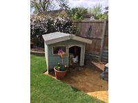 Dog house/ kennel / box