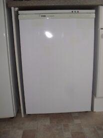 Freezer for under worktops.