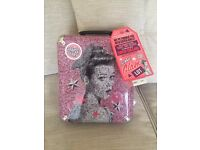 Large soap and glory set with 10 items inside