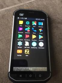 Cat s40 waterproof and smash proof android phone