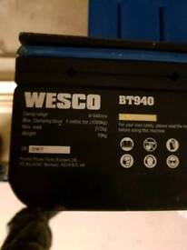 Wesco saw horse work bench vice