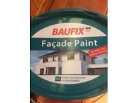 Exterior white paint (house/garden/decorating)