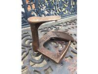 Portable Anvil - Actually a Vintage/Antique Cast Iron Cobbler's Shoe Iron - Tradesman's Bygone