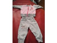 Newborn clothes 0-3 and more