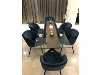 Impressive Glass Dining Table with 6 Matching Chairs