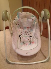 Baby swing - As New, never used Unisex