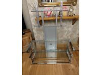 Clear glass 3 tier TV stand & mount