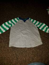 9 x long sleeved tops