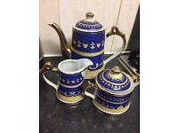 Tea set £6
