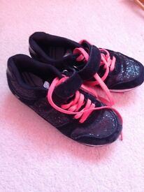 Girls black soarkle trainers size 1