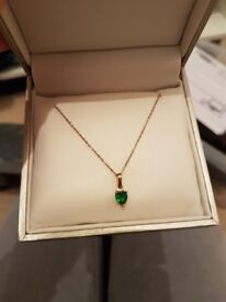 9ct gold emerald necklace