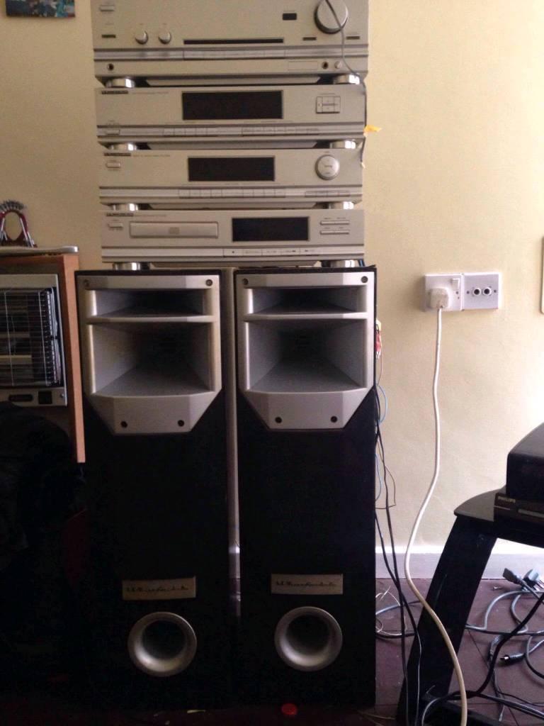 Wharfedale hi fi set with speaker