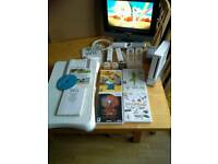 Wii Consol/Fit Board/Controllers etc