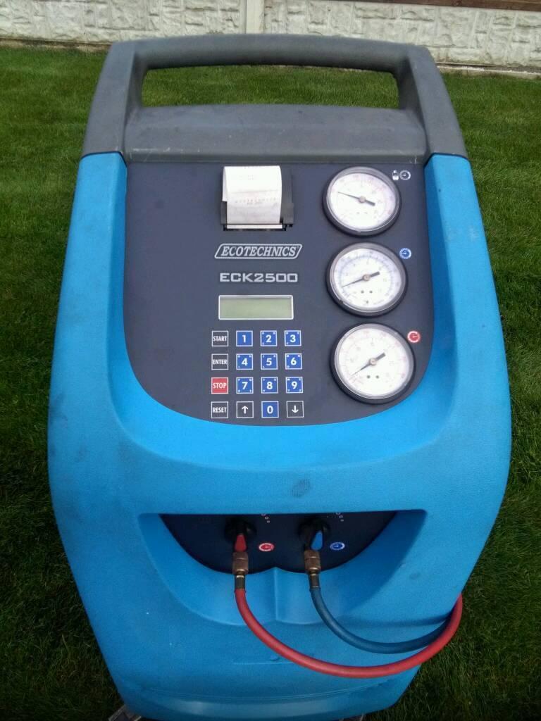air conditioning machine. ecotechnics air con conditioning ac machine unit station excellent condition i