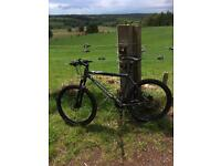 Mountain bike. Cannondale. F6 URGENT