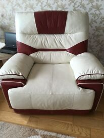 Pair of Power Recliner Chairs
