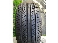 225/45/18 tyre