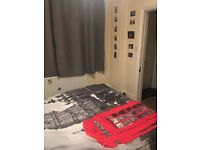 Lovely double room in heart of Chapel Allerton!