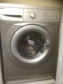 Silver beko washing machine very good condition £125