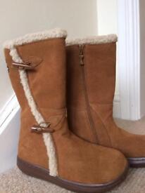 Rocket Dog Ladies Boots size 4