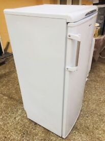 **INDESIT**FREEZER!**FREESTANDING FREEZER!**GOOD CONDITION**COLLECTION\DELIVERY**A RATED**NO OFFERS*