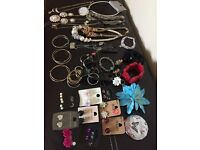Lots of pretty Fashion Jewellery very good condition, would also be ideal for a car booter