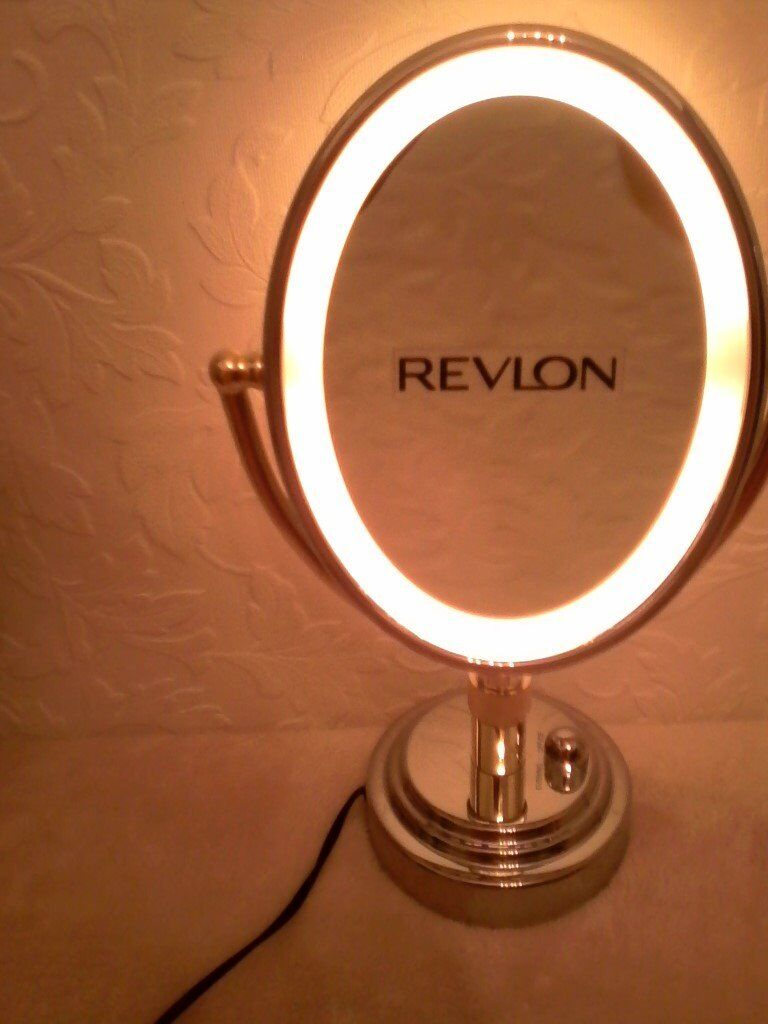 Revlon Deluxe Oval Make Up Mirror With 3 Soft Light
