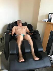 Massage chair (Gravity zone)