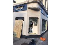Shop Front glass, Emergency Glazing, Emergency board up, Sky Light, Shops Window, Window Company,