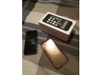 iPhone 5s 16gb **perfect condition **
