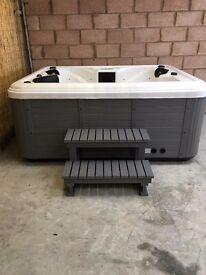 3 Seat Balboa Hot Tub