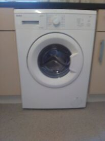 AUTOMATIC WASHING MACHINE ' AMICA ' 2 WEEKS OLD £80