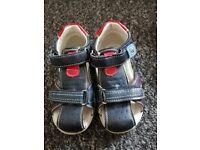 Children's shoes size uk 7