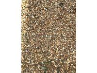 DECORATIVE GRAVEL GARDEN STONES-FREE