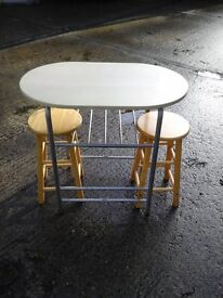 Small kitchen dinning table and 2 stools