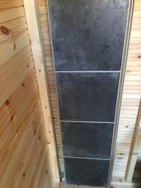 3 PIECES OF BLACK SQUARED LAMINATE